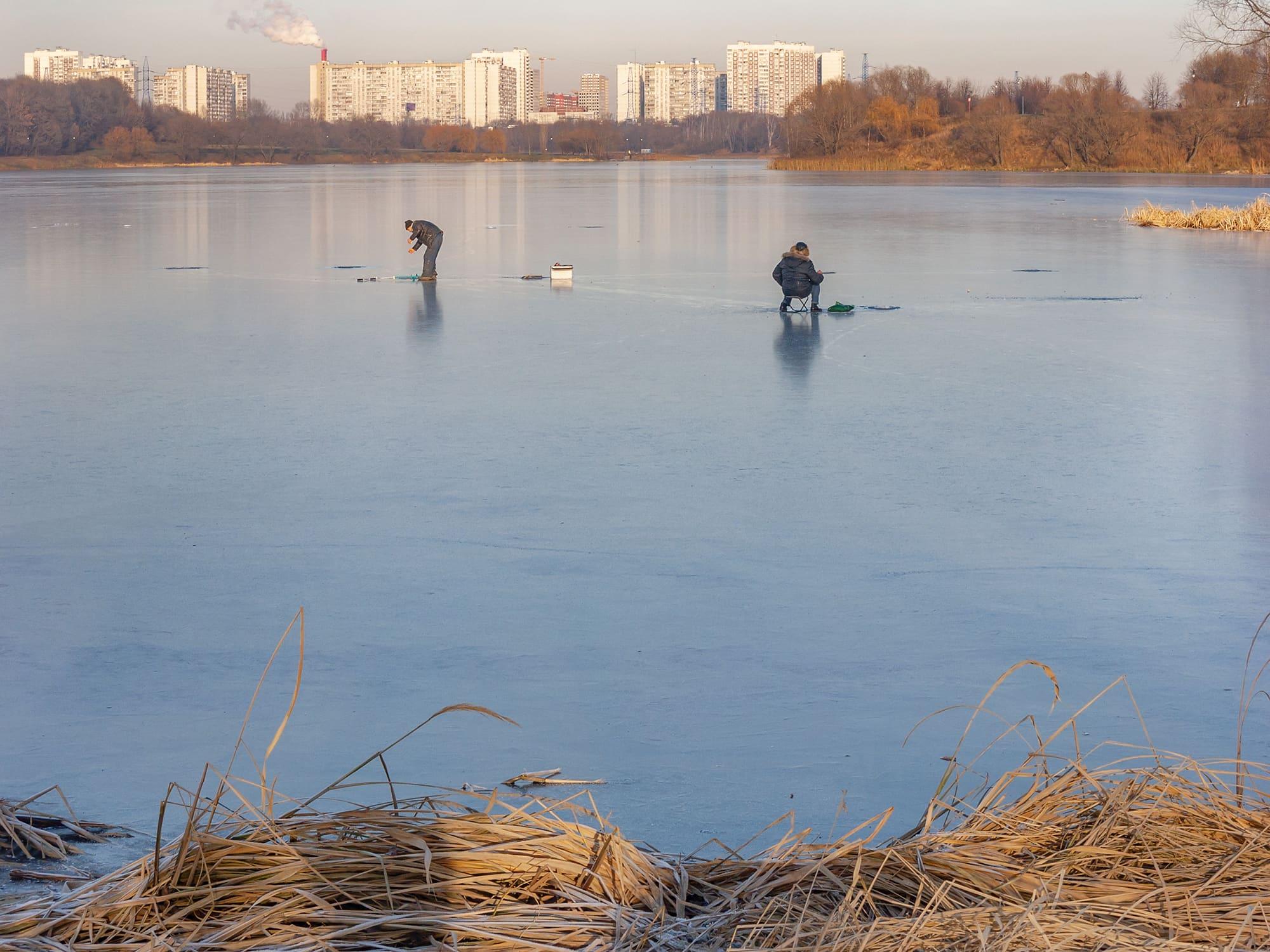 Нижний Царицынский пруд. Подлёдная рыбалка